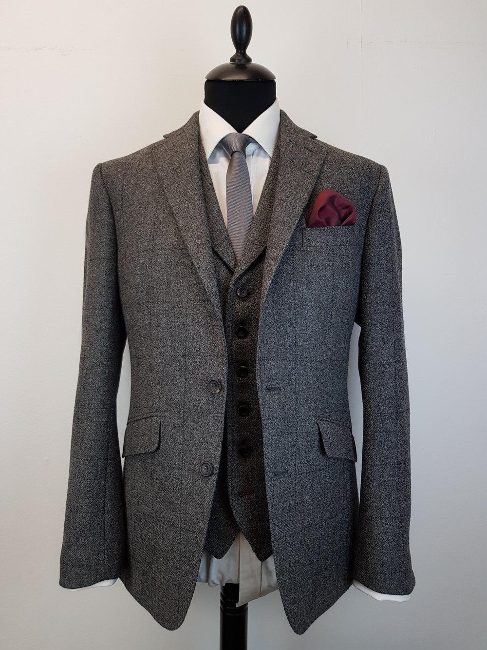 Grey check tweed suit (11).jpg