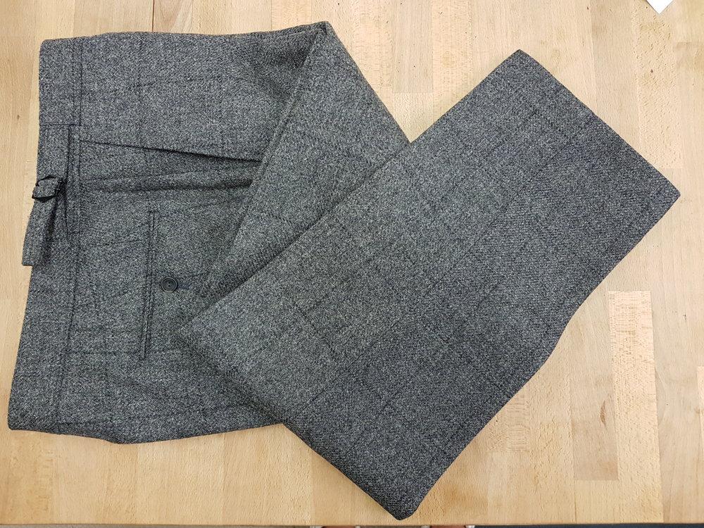 Grey check tweed suit (18).jpg