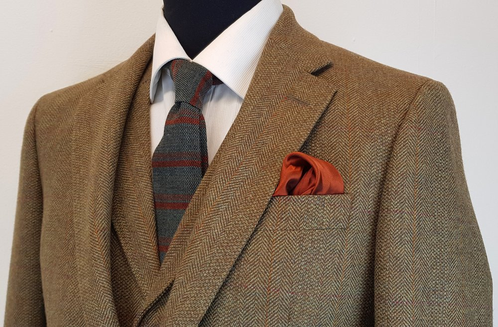 3 Piece Tweed Suit (5).jpg