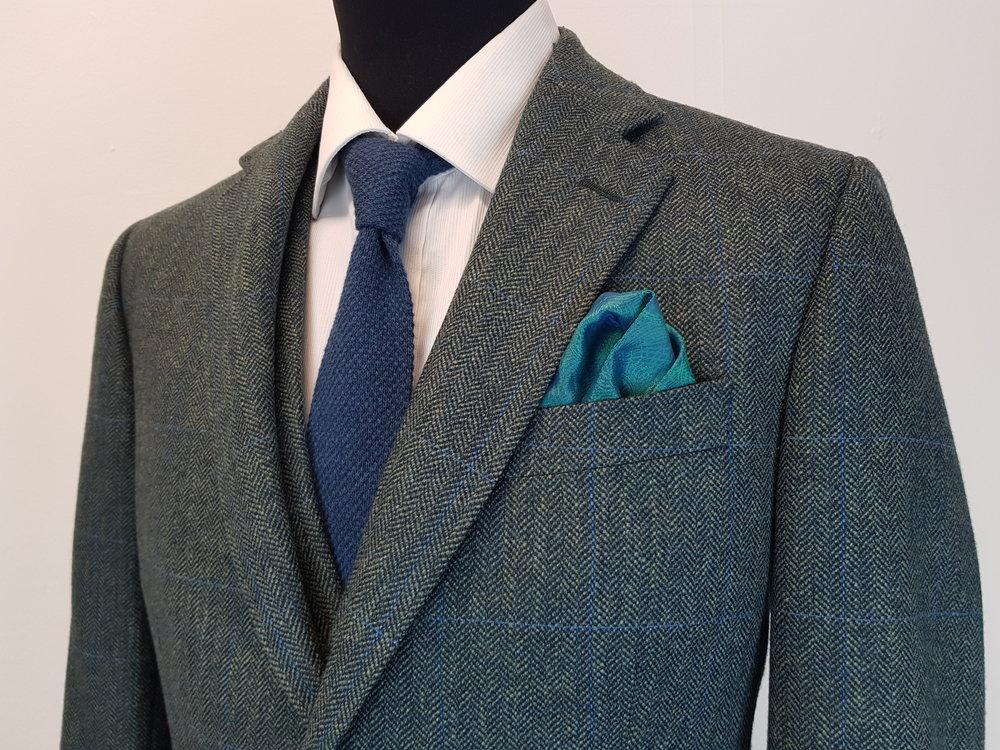 3 Piece Herringbone and check tweed suit (8).jpg