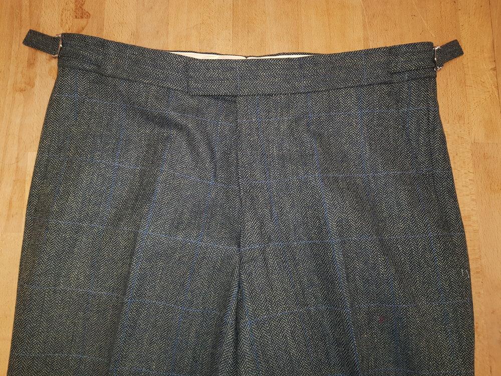 3 Piece Herringbone and check tweed suit (15).jpg
