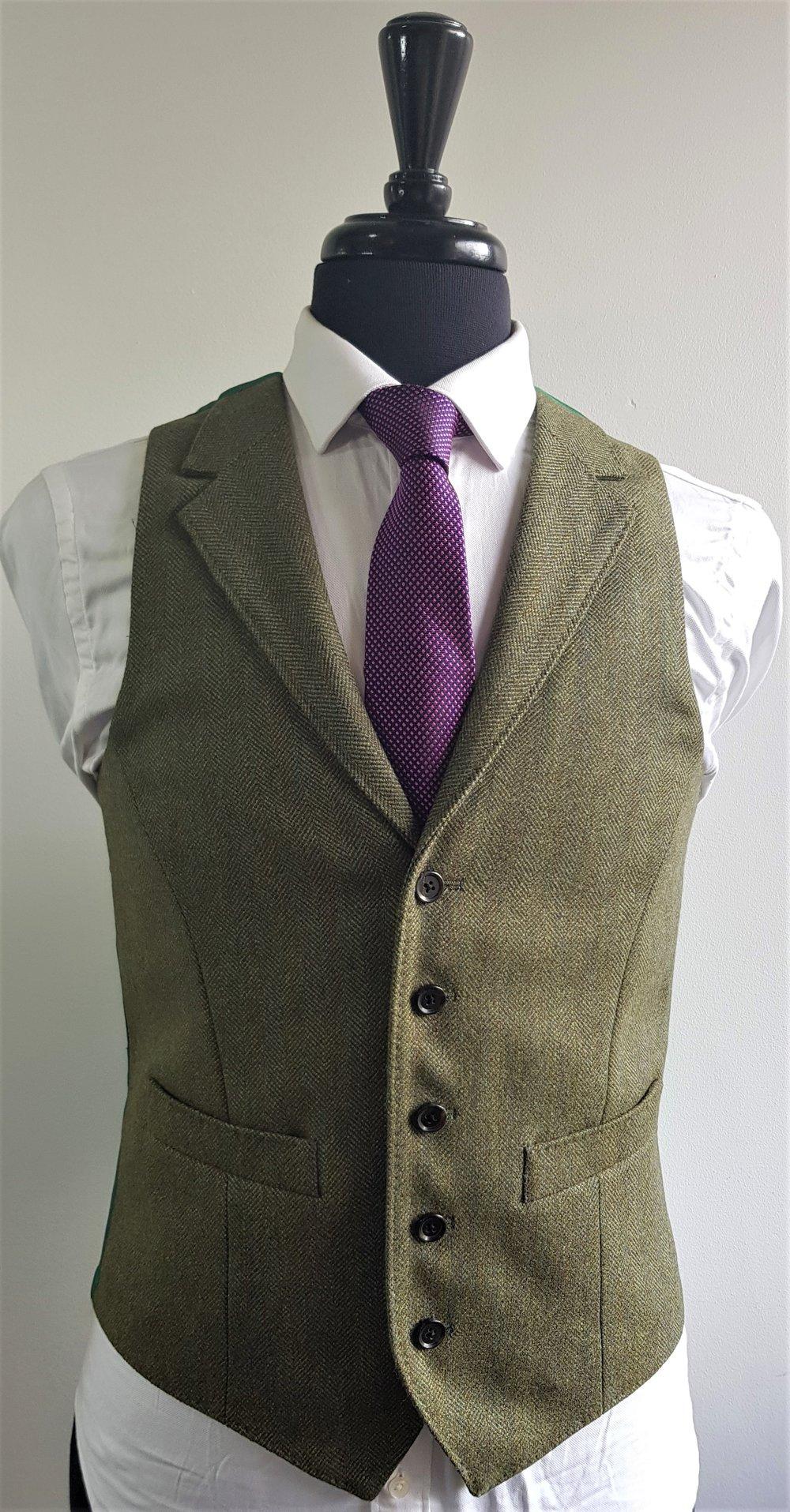 Green herringbone 3 piece tweed suit (2).jpg