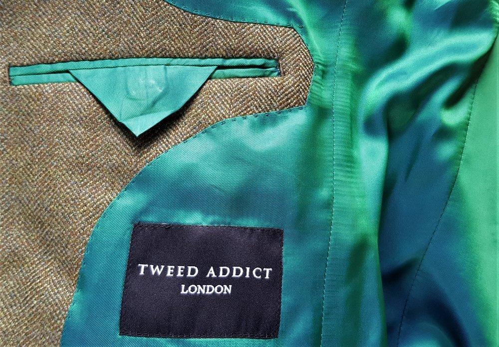 Green herringbone 3 piece tweed suit (15).jpg