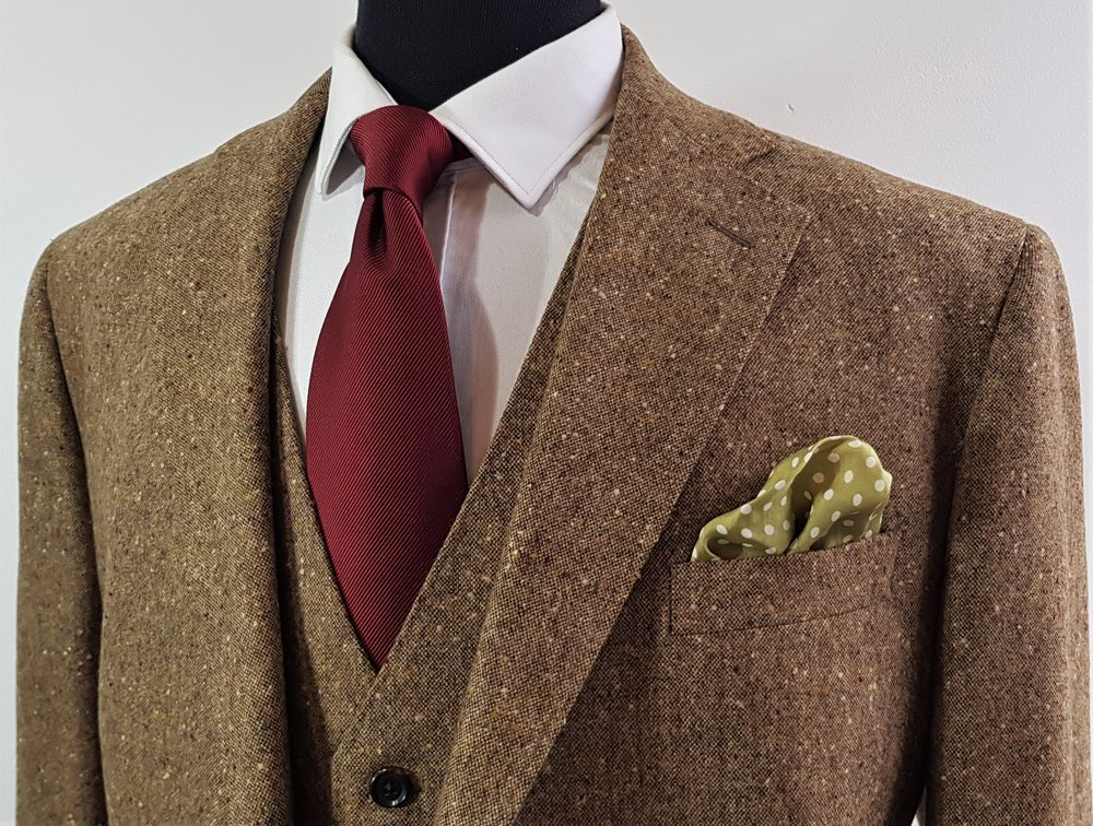 Brown Donegal 3 piece tweed suit (6).jpg
