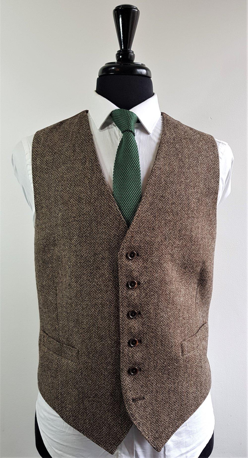 Brown herringbone 3 piece tweed suit (2).jpg