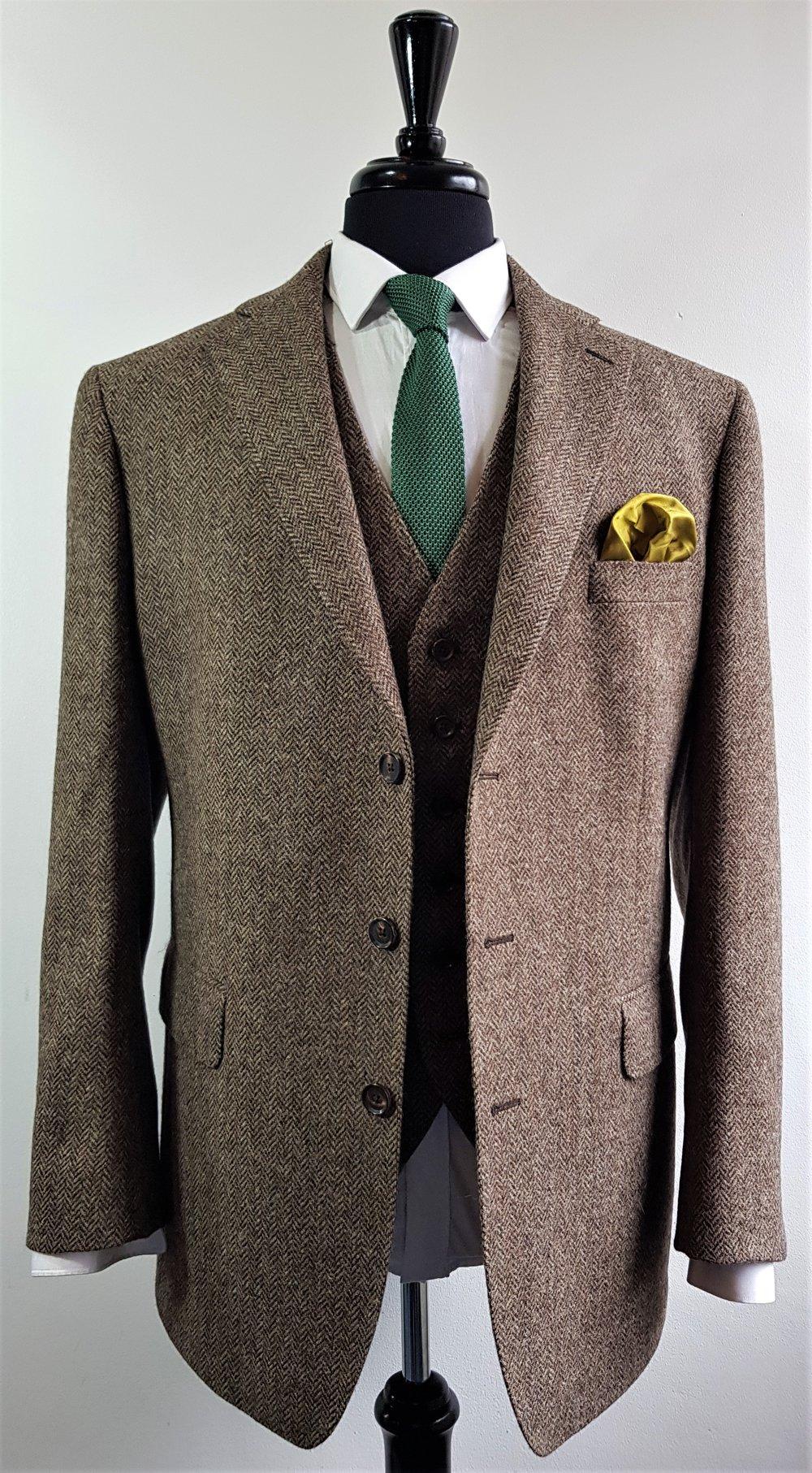 Brown herringbone 3 piece tweed suit (4).jpg