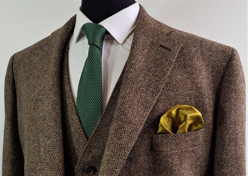 Brown herringbone 3 piece tweed suit (7).jpg