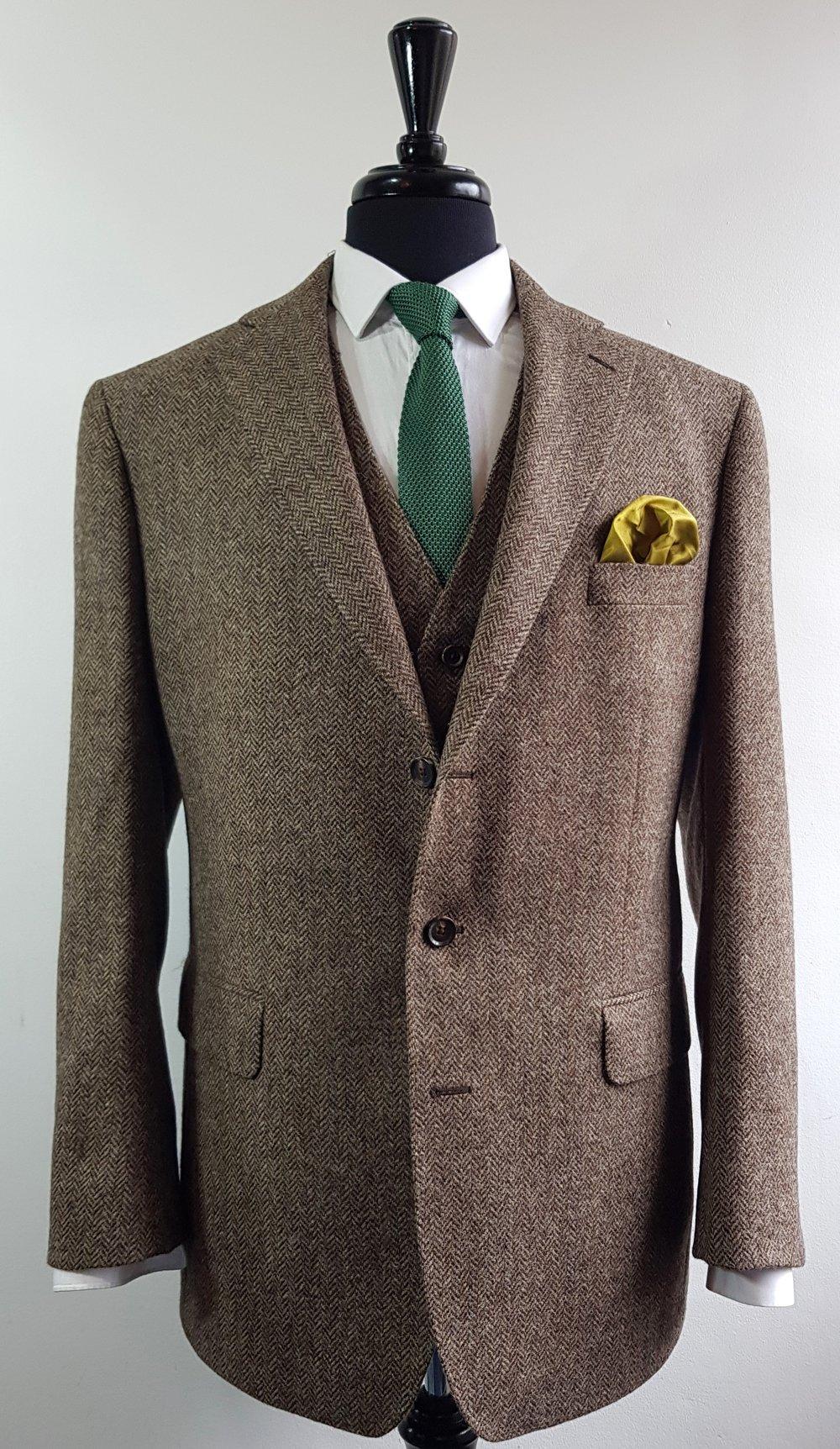 Brown herringbone 3 piece tweed suit (10).jpg