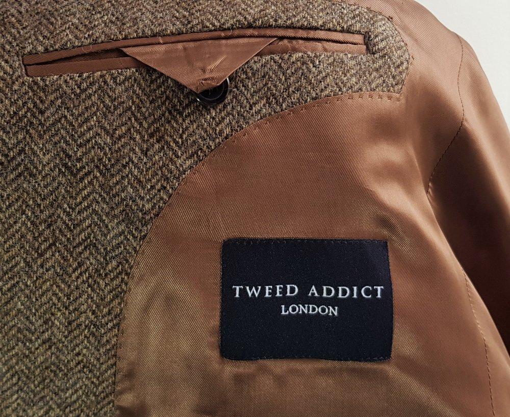 Brown herringbone 3 piece tweed suit (12).jpg