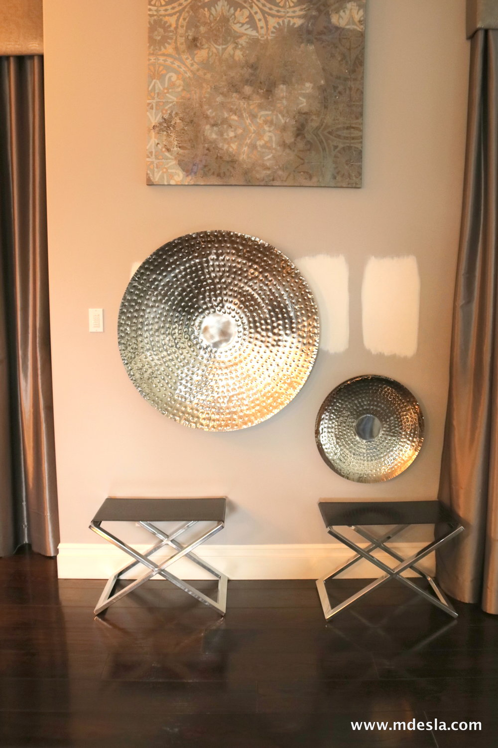 WALL DECO AND CHAIRS.JPG