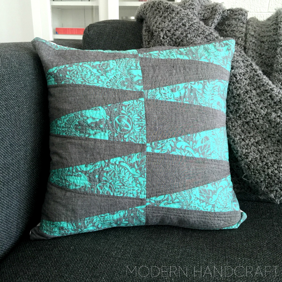 Modern Handcraft //  Stacked Dresden Pillow: A Tutorial