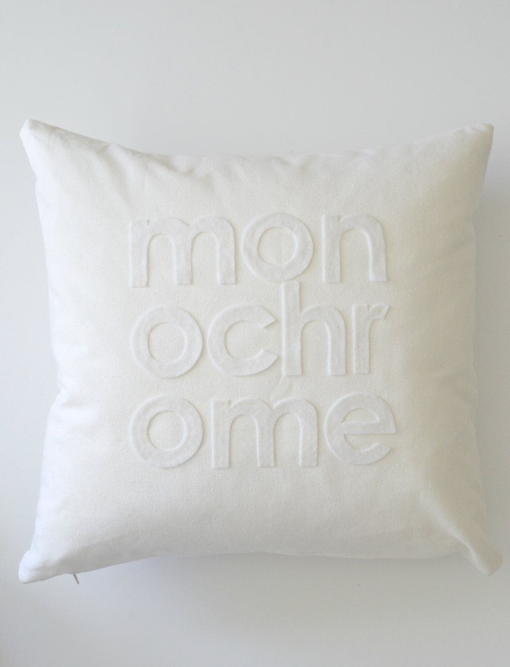 monochrome7.jpg