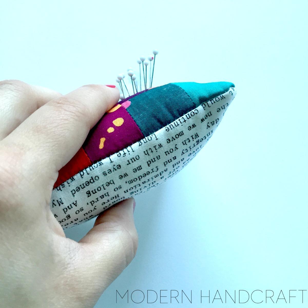 Modern Handcraft: Pretty Pincushion Sew Along with FQS