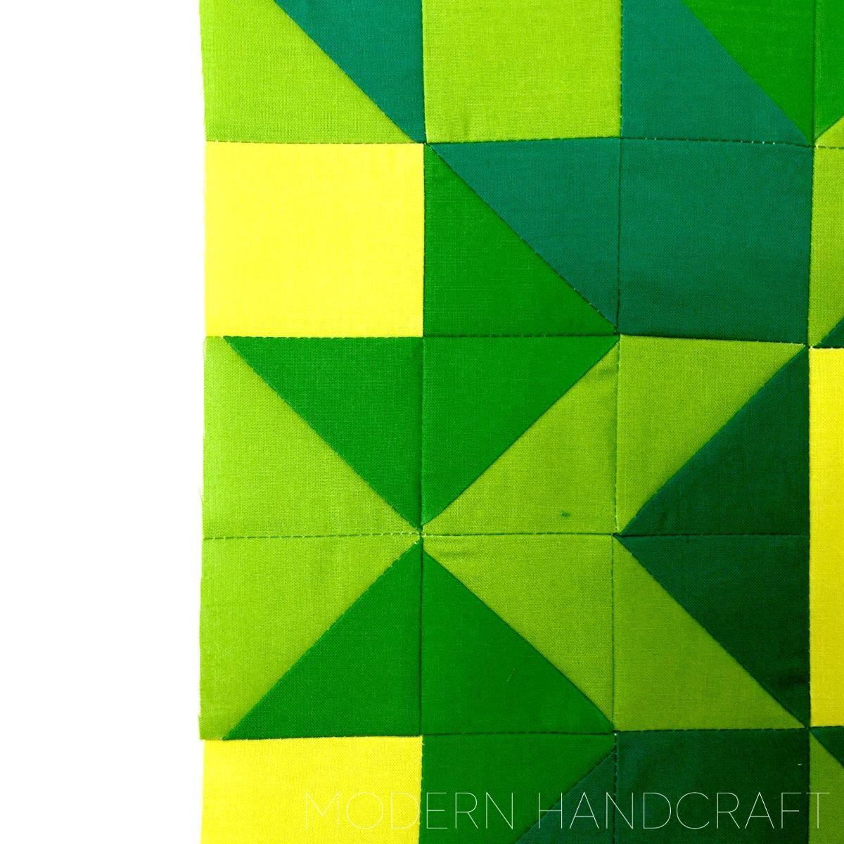 Modern Handcraft // Arrow crown Block