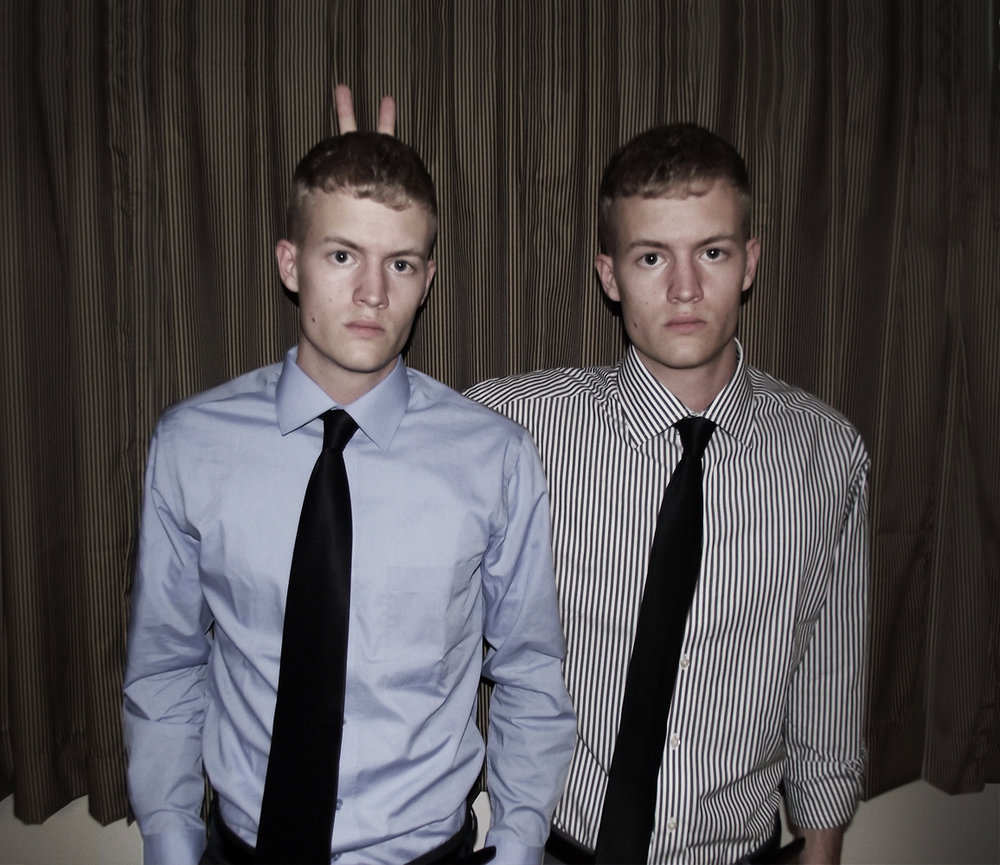5_large_twins.jpg