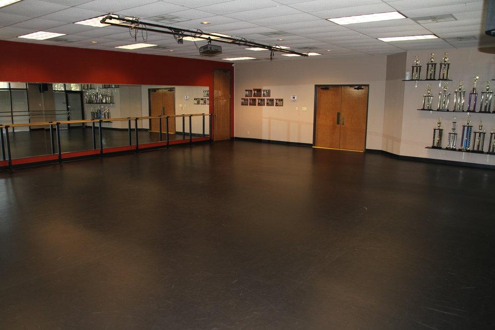 Great Oaks Drive Studio 1