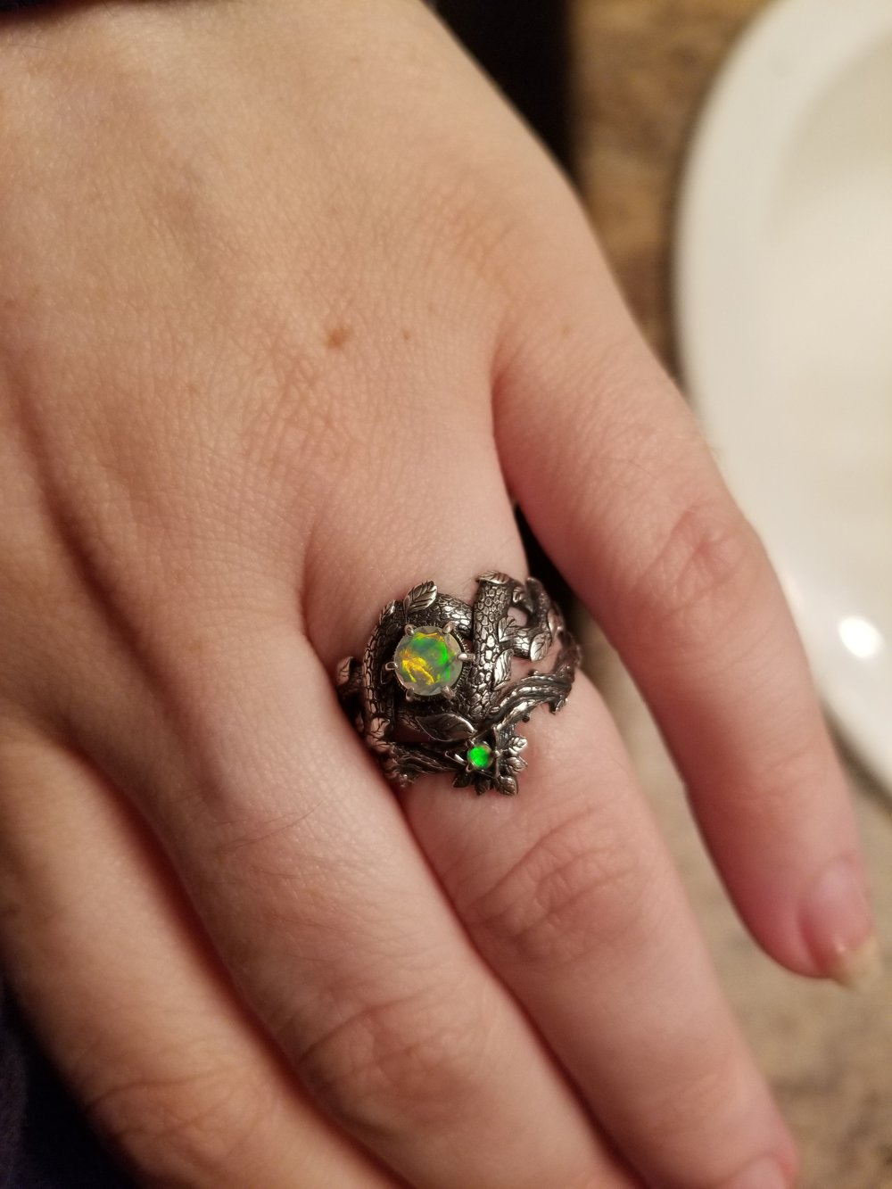 THE FANCIEST OF ALL WEDDING RINGS!