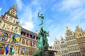 Antwerp, Belgiumtown of cobbled lanes and quaint architecture -
