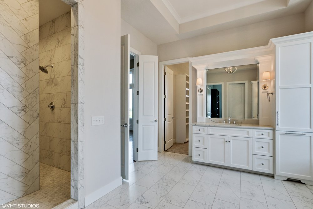 19_10306StonehausDrive_168_MasterBathroom_HiRes.jpg