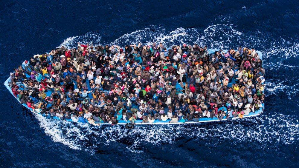 migrants1-1748x984.jpg