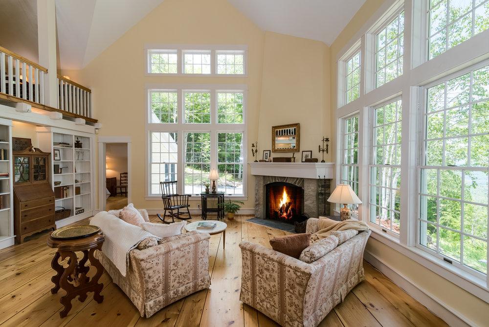 Alternate living room view.jpg