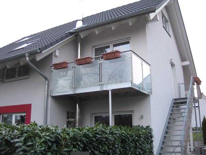 Gelaender_Balkon_Treppe.JPG