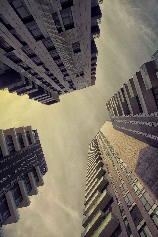 architecture-839776_1920.jpg