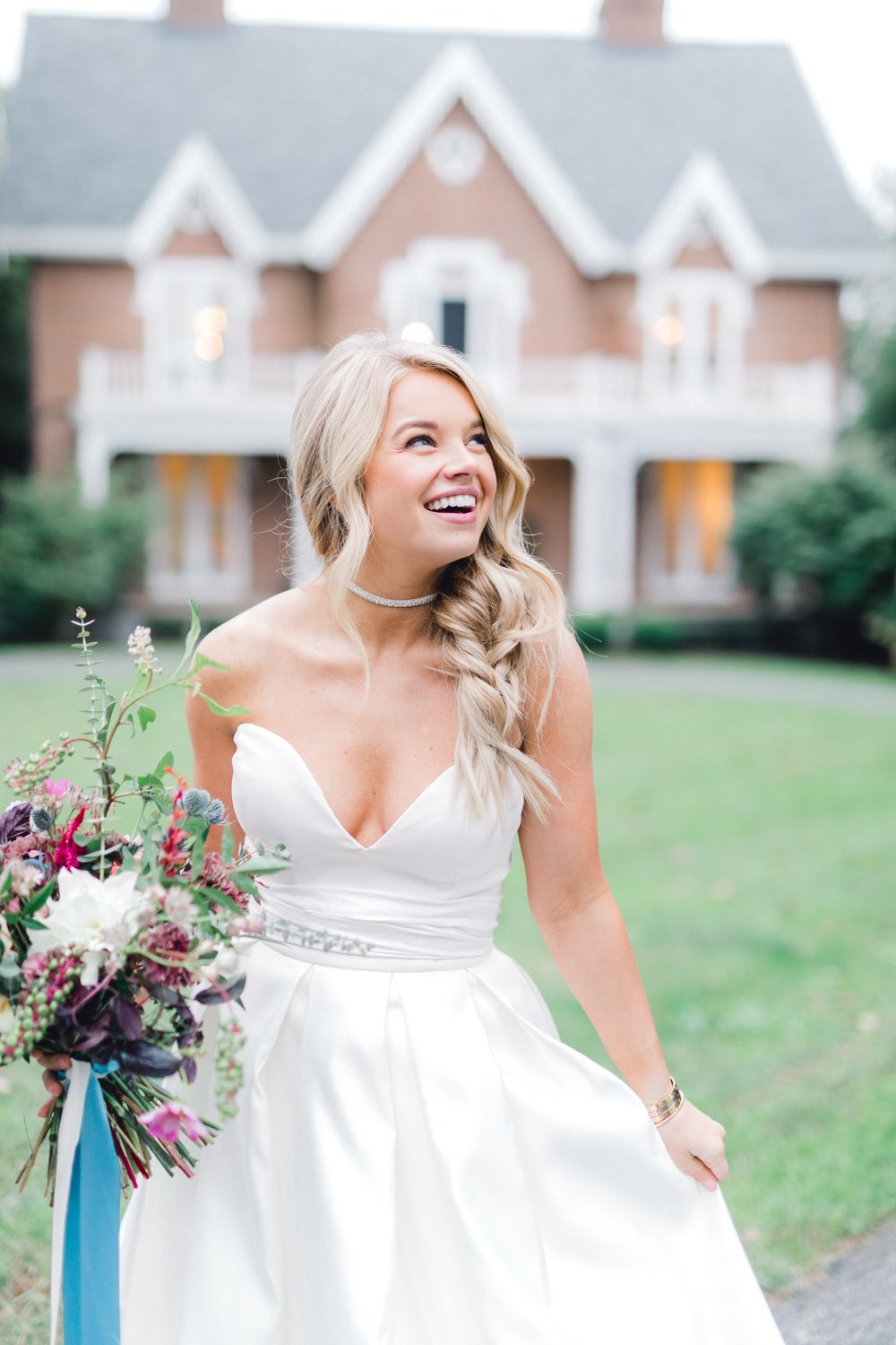 Maddie Potter Duff (Of @OtteStyle) with hair and makeup by Allison at The Pink Lou Lou Venue: Warrenwood Manor