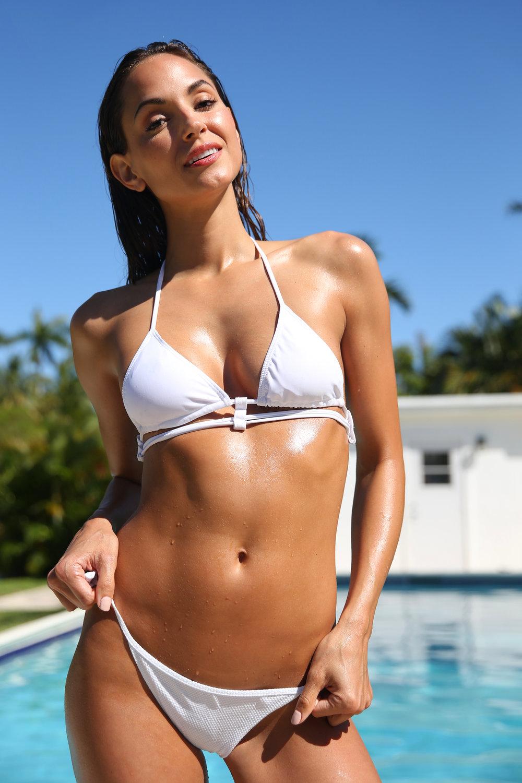 maria montgomery - swimsuit model - mc2 models - kentucky girl