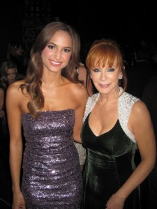"""Backstage of the CMAs with the one and only Reba, while working as a """"Trophy Model"""" on stage."""
