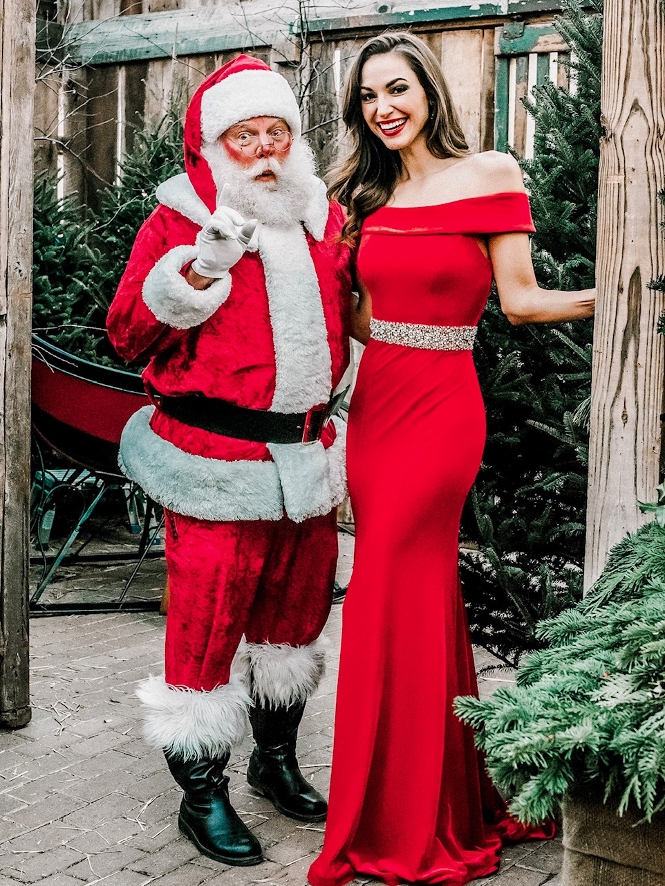 Maria montgomery - santa - miss priss gowns - hillenmeyer christmas shop