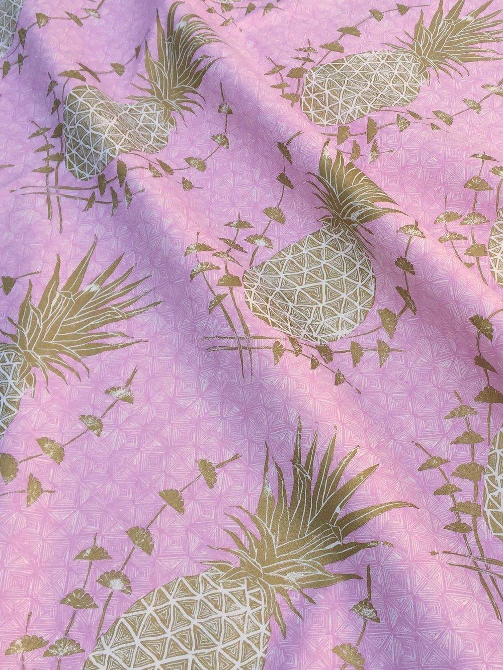 Royal Pineapple in Pink, KF210-01