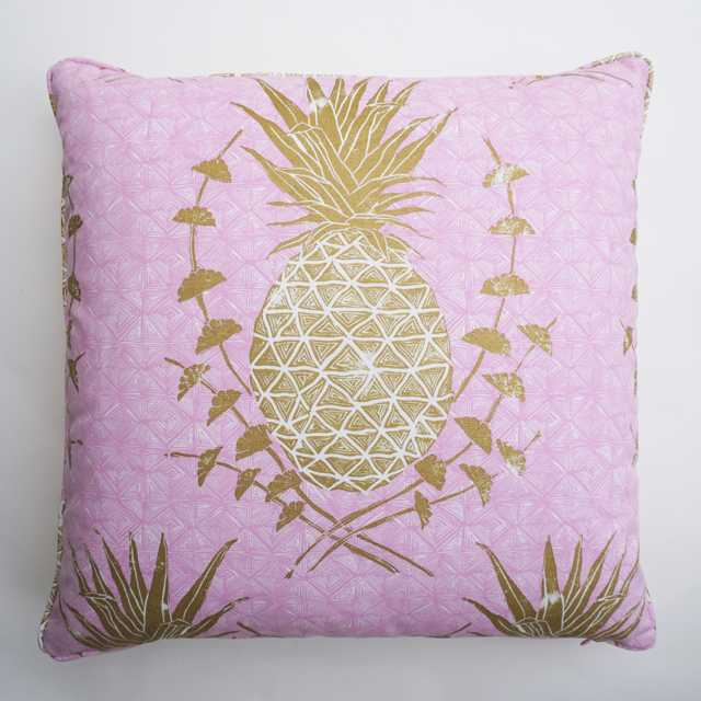Royal Pineapple in Pink