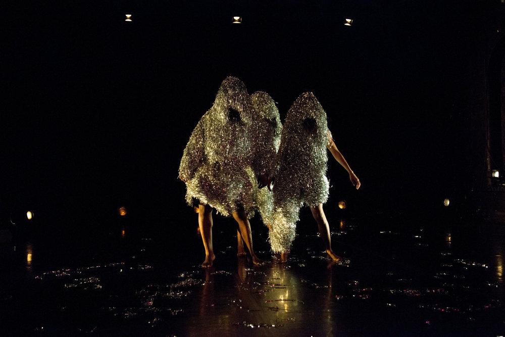 Grin - Mele Broomes