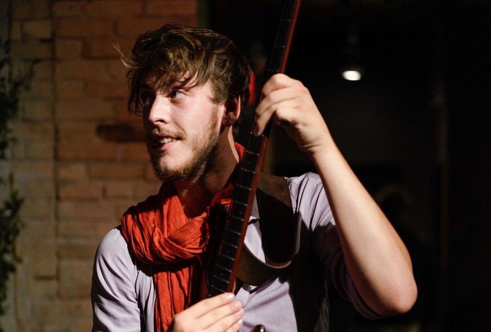 Keys, Frets & vocals / Tanner Link -