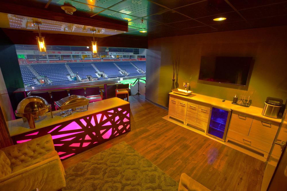 Hidalgo-Arena-Legacy-Suites-FOP_8169-JMlow.jpg
