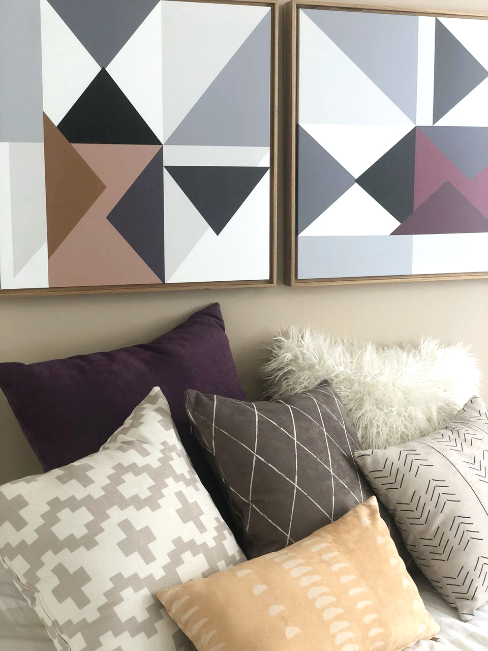 Arrows - duo na paleta beringela 0,60 x 0,60m  PROJETO cris salles interiores