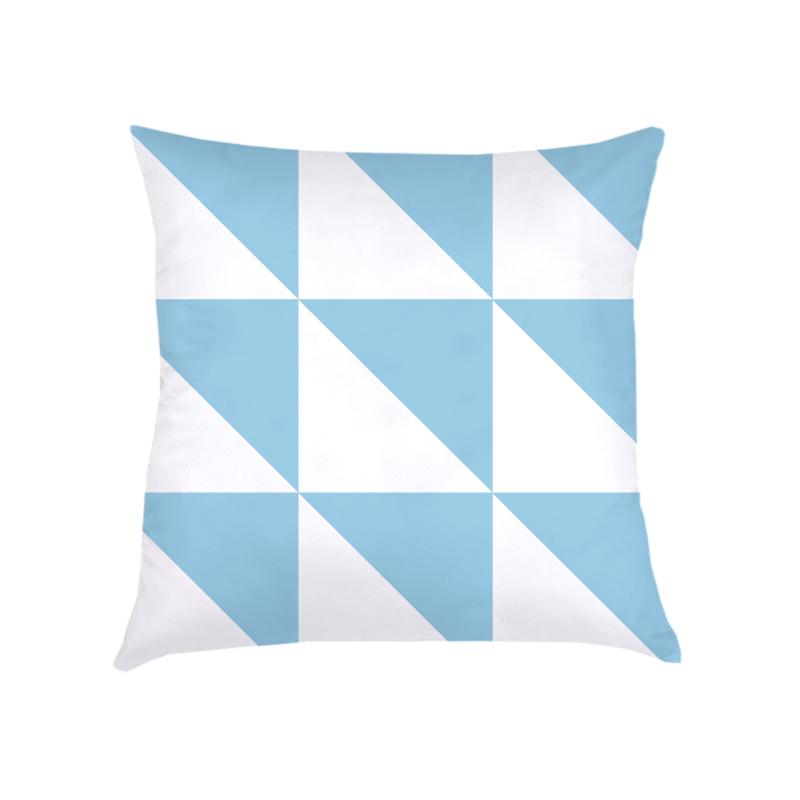 ALMOFADA triangulos (CAPA + RECHEIO) | azul | 40x40CM | R$152,00  cod: KIDS_AZ_0028   CAPAS PODEM SER VENDIDAS SEPARADAMENTE - VALOR R$132,00