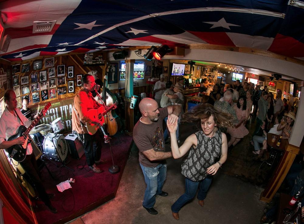 Ginny's Little Longhorn Saloon, Austin, Texas