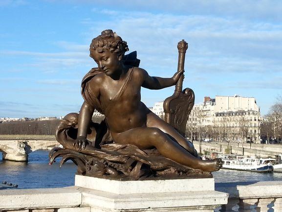 Paris Pont Alexander III 4.jpg