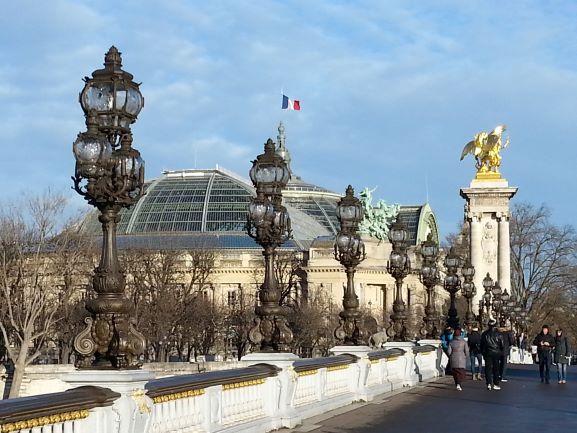 Paris Pont Alexander III 5.jpg