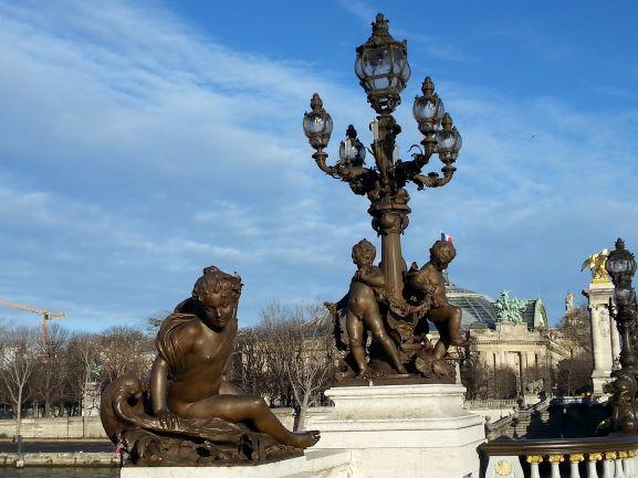 Paris Pont Alexander III 6.jpg