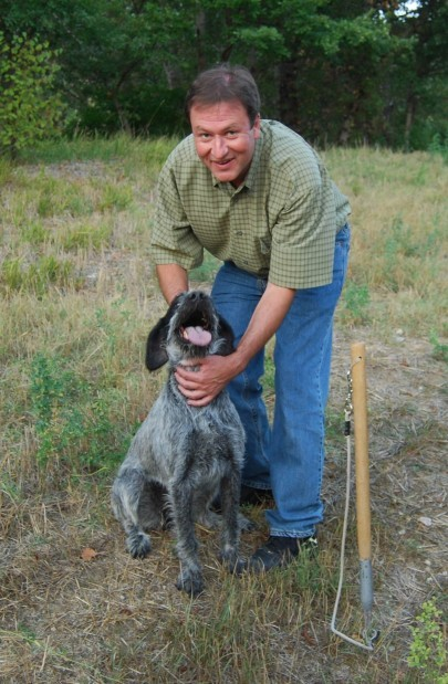 Rick and his new best friend, Chica. Photo courtesy of Rick Kaempfer