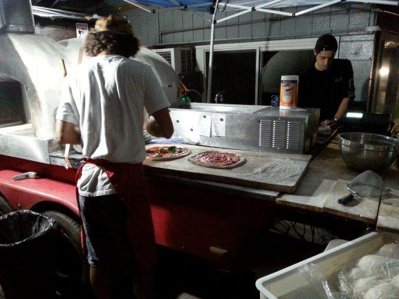 Maui Pizza Connection.jpg