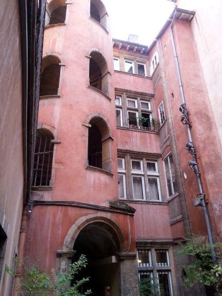 Traboule, Lyon