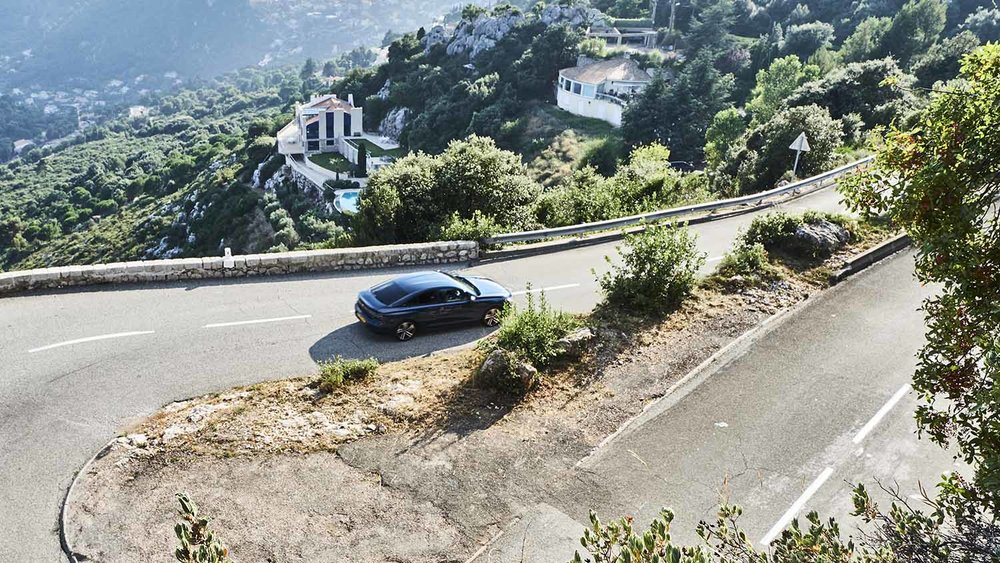 Flowing through the hairpins above Monaco
