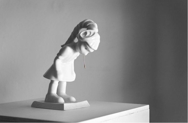 Little spitting girl , Kim Simonsson, 2009.
