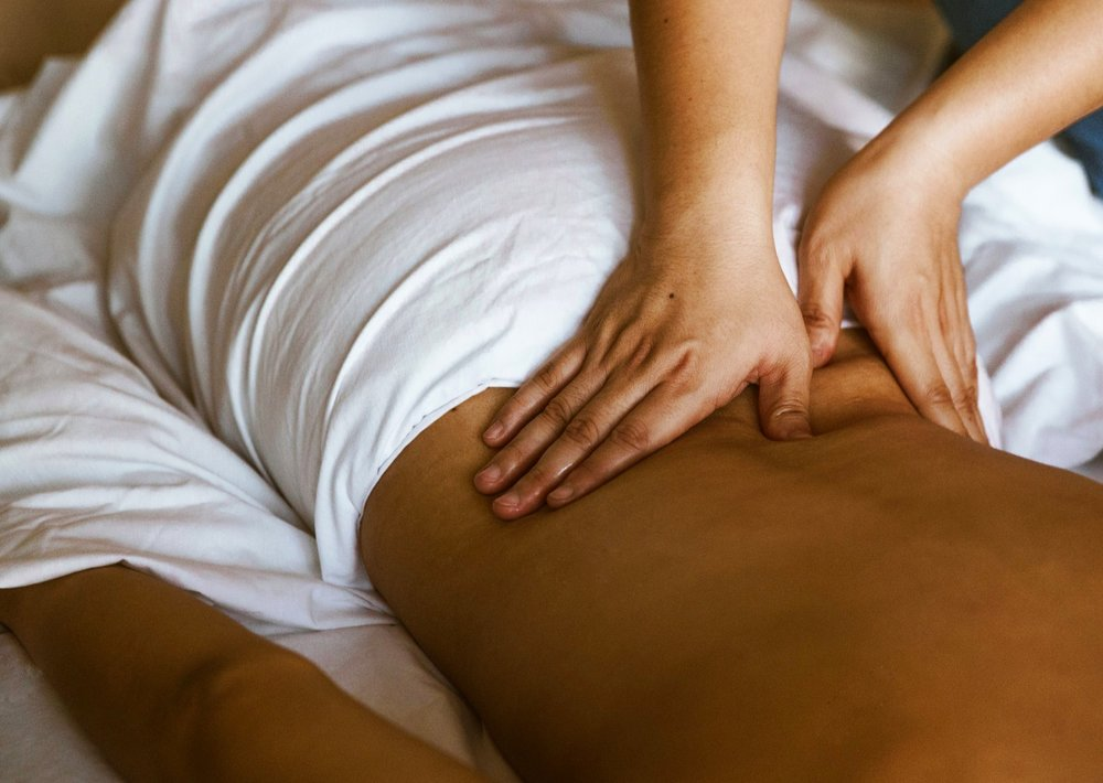 deep-tissue-massage_4460x4460.jpg