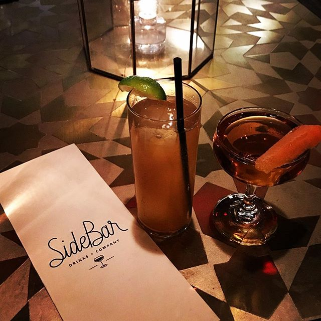 Nothing's better than spending an evening at our local @sidebarnc right here in #downtowncary sipping on cocktails with friends!  Who's your drinking partner? 🍷🍹🍸 . . . #weheartcary #carync #townofcary #raleigh #durham #raleighdurham #rdu #apex #morrisville #cocktailbar #local #nc #smalltown #weekendvibes #bar