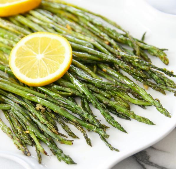 lemon-garlic-roasted-asparagus-10.jpg